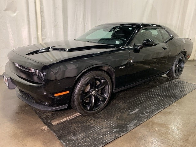 Dodge Challenger 2017 5.7 RT Front